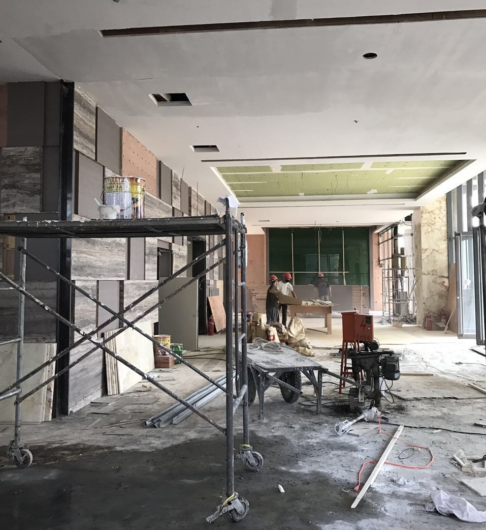《中国食品谷酒店装饰装修》现场指导施工拍摄照片